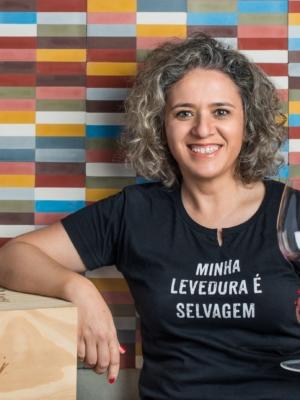 Entrevista: um papo descomplicado sobre vinho com a sommelière Rossela Ceni