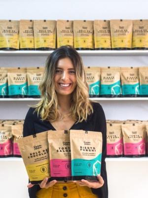 Juliana Couto, a Vegana Prática, lança linha de refeições veganas