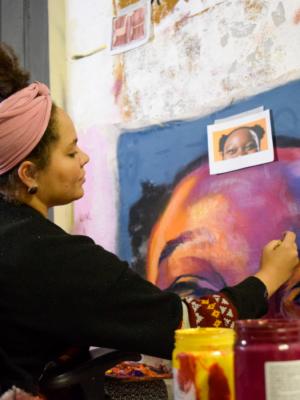 Exposição Gestos ocupa Florianópolis com obras expostas ao ar livre